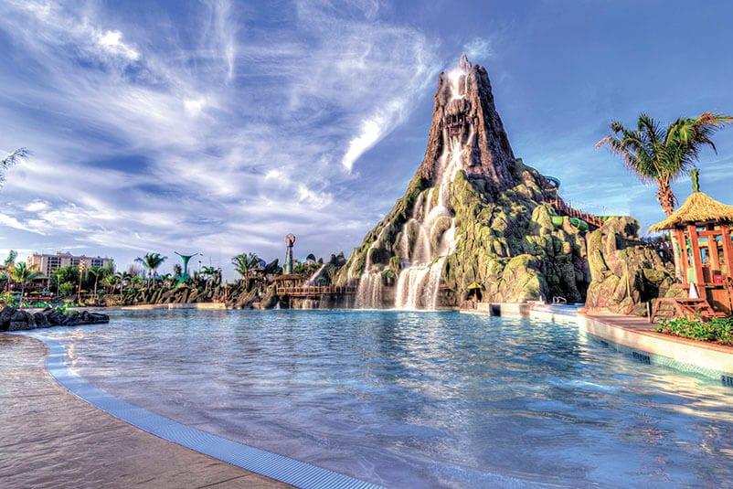 volcano-bay-volcano-view-wave-pool-c